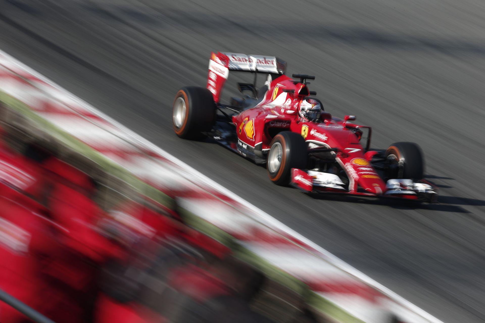 Rá sem lehet ismerni az új Ferrarira: Jó leszorító erő, jó végsebesség, jó hűtés