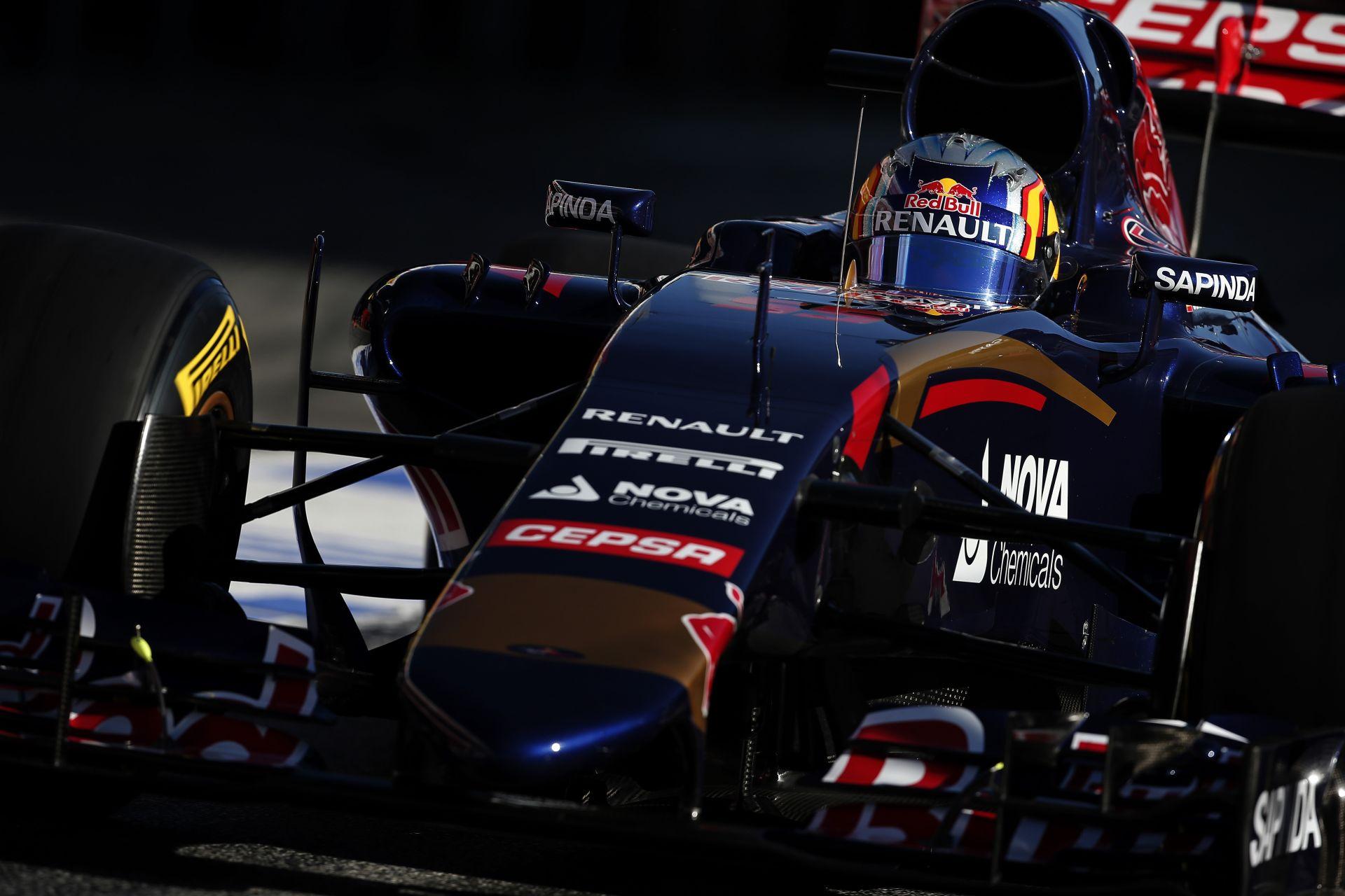 Jövő héten érkezik a Toro Rosso