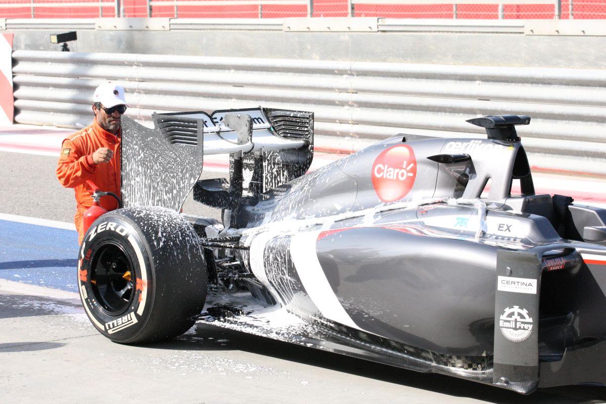 Sauber: Egyetlen egy megtett kör Bahreinben