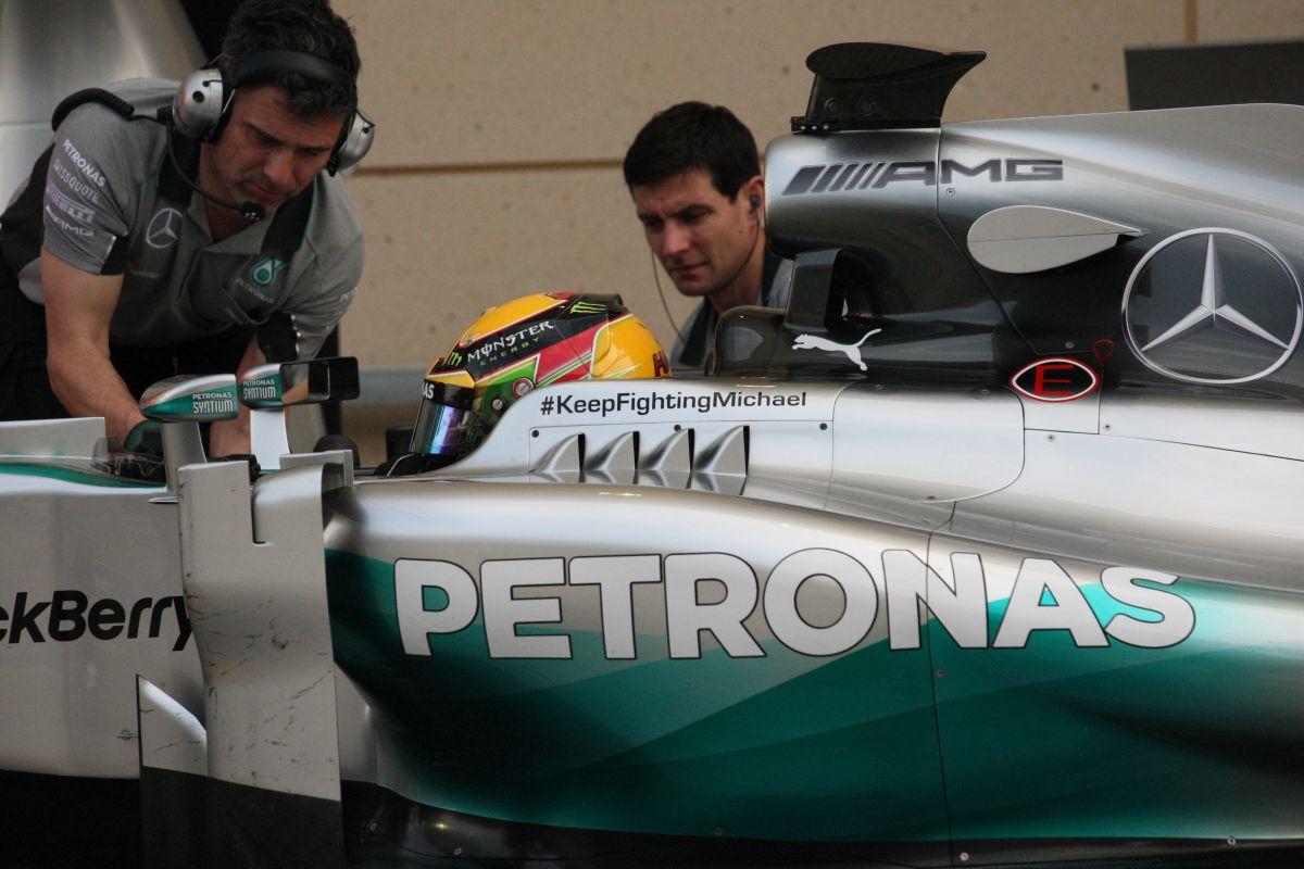 Hamilton nem nézheti le Rosberget: Házon belül dőlhet el a bajnoki cím