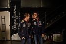 A Red Bull versenyzői a Mercedesre fogadnának - de bíznak a megváltozott RB10-ben