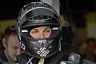 Rosberg könnyít a Mercedesen, menet közben: Videón az érdekes jelenet
