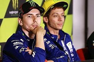 MotoGP Commento La rabbia di Rossi e Lorenzo è sintomo delle carenze della MotoGP