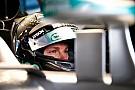 Mercedes quiere renovar a Rosberg