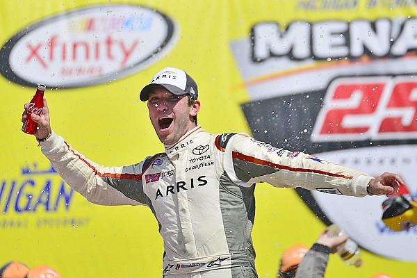 NASCAR XFINITY Galería: Suárez gana en Michigan