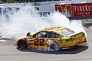 NASCAR Michigan: Erster Saisonsieg für Joey Logano