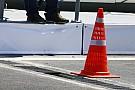 El coche de Bottas sufrió un daño por la pista de Bakú