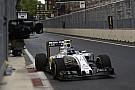 Bottas dice que no tenía más opción que pasar a Verstappen
