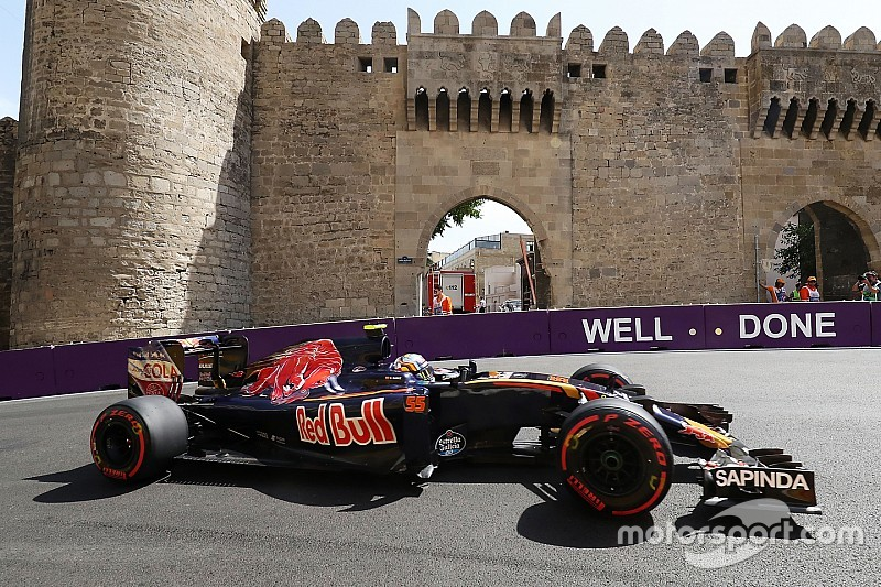 Pre-race gridstraffen voor Sainz en Magnussen