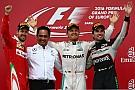 Rosberg se pasea en Bakú y