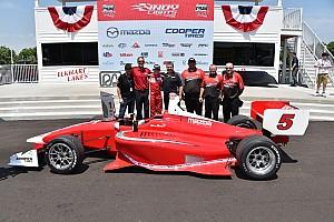 Indy Lights Gara Zach Veach conquista Gara 1 a Road America