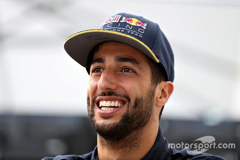 """Ricciardo: """"Estaré feliz este año si gano una carrera"""""""