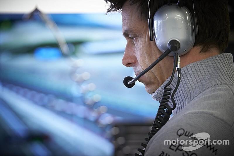 """Wolff, cansado de Rosberg y Hamilton: """"Estoy harto"""""""