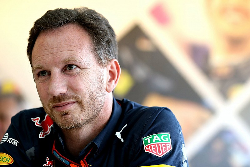 """Horner blij met tweede startrij: """"Eerste ronde Max een knaller!"""""""