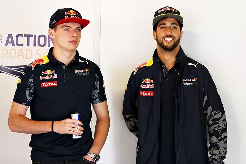El ambiente en Red Bull cambió desde la llegada de Max, dice Ricciardo