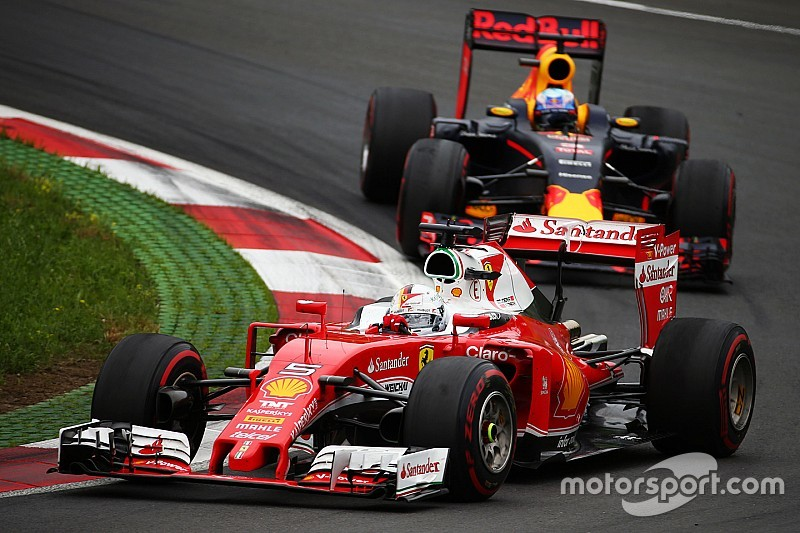 A Vettel no le preocupa Red Bull