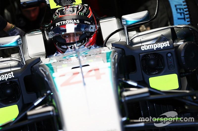 Ocon domina la mañana de test de F1 en Silverstone