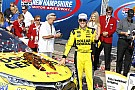 Kenseth aparece al final y gana en New Hampshire