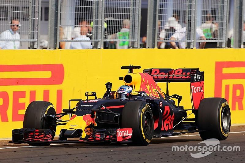 """Ricciardo: """"Ho faticato molto per tenere Vettel alle mie spalle"""""""