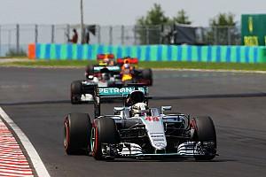 Fórmula 1 Noticias Wolff asegura que Hamilton no frenó a Rosberg para que llegara Ricciardo