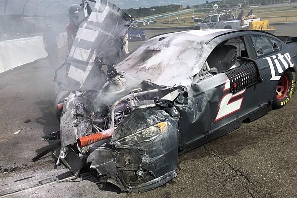 Aparatoso accidente de Keselowski en Watkins Glen