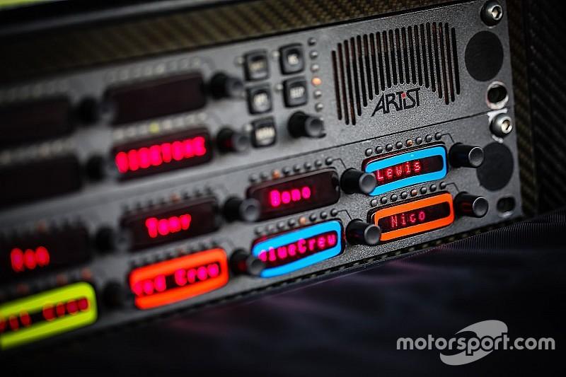 Liberan las comunicaciones por radio en la F1