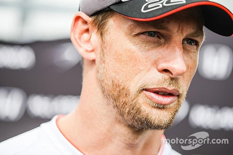 Sehprobleme im Hockenheim-Training: Jenson Button im Krankenhaus