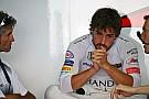 Alonso dice que 'pasa' de la FIA