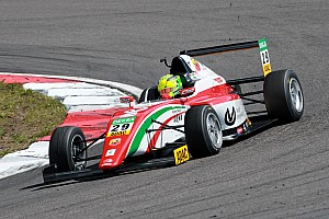 Formula 4 Crónica de Carrera Brillante triunfo de Mick Schumacher que aún aspira al título de la F4