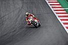 Iannone le arrebata la pole a Rossi in extremis