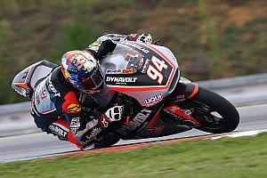 Moto2 Relato da corrida Folger vence no molhado com Rins em 2º; Zarco vai mal