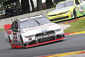 NASCAR XFINITY Résumé de course Alex Tagliani termine 7e en NASCAR Xfinity à Road America