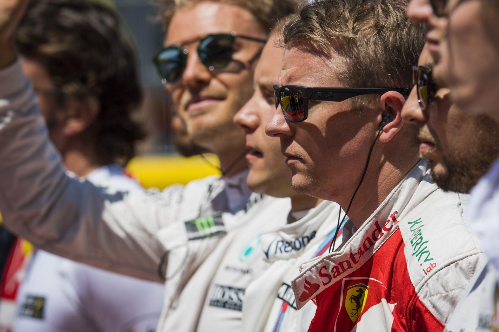Raikkönent egy F1-es Ferrarival üldözték: micsoda móka?!