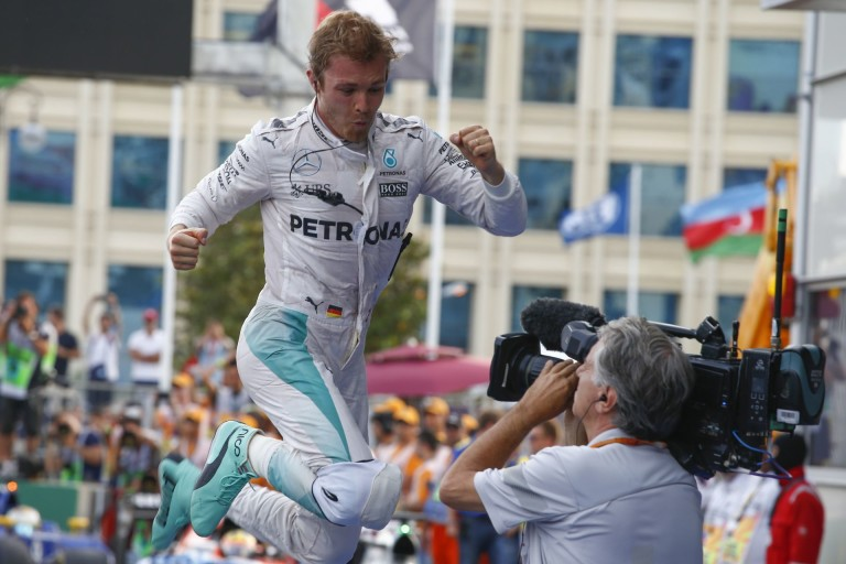 Rosberg már gyakorol az olasz-német meccsre!
