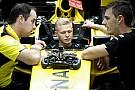 Magnussen niega haber dado un ultimatum a Renault