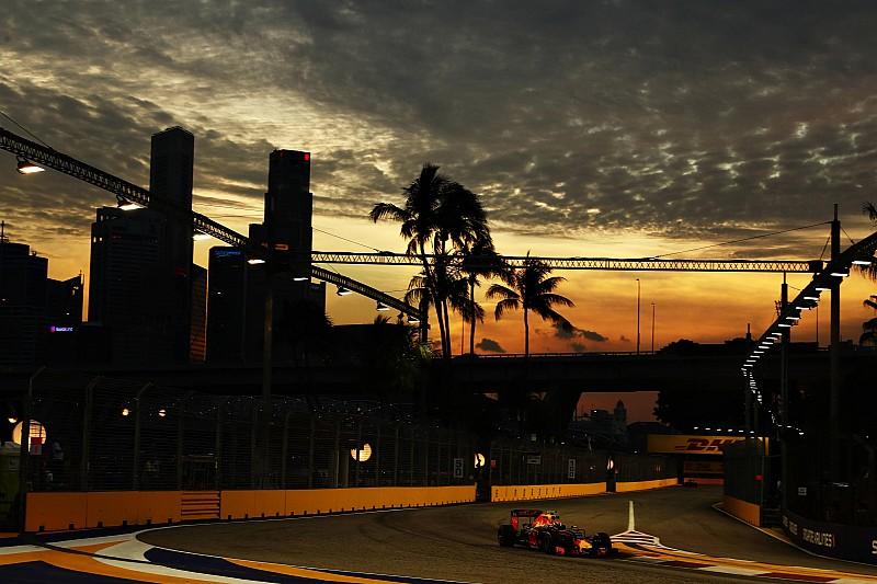 F1シンガポールGP FP1:フェルスタッペンが首位発進。リカルドも2位でレッドブル1-2