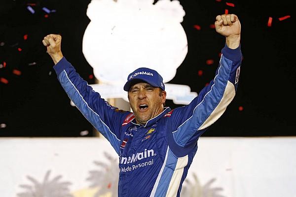 NASCAR XFINITY Com direito a recorde de amarelas, Sadler vence em Kentucky