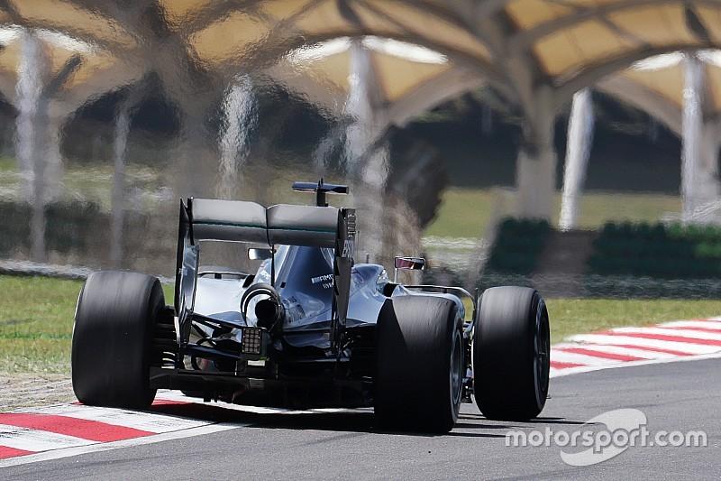 Formel 1 in Sepang: Ferrari holt auf, aber Mercedes bleibt vorn