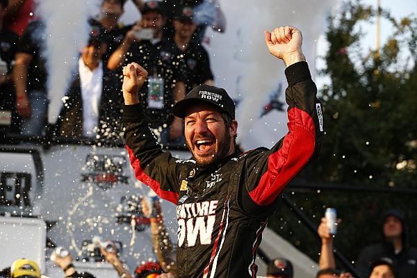 NASCAR Cup Martin Truex Jr gagne encore, cette fois à Dover