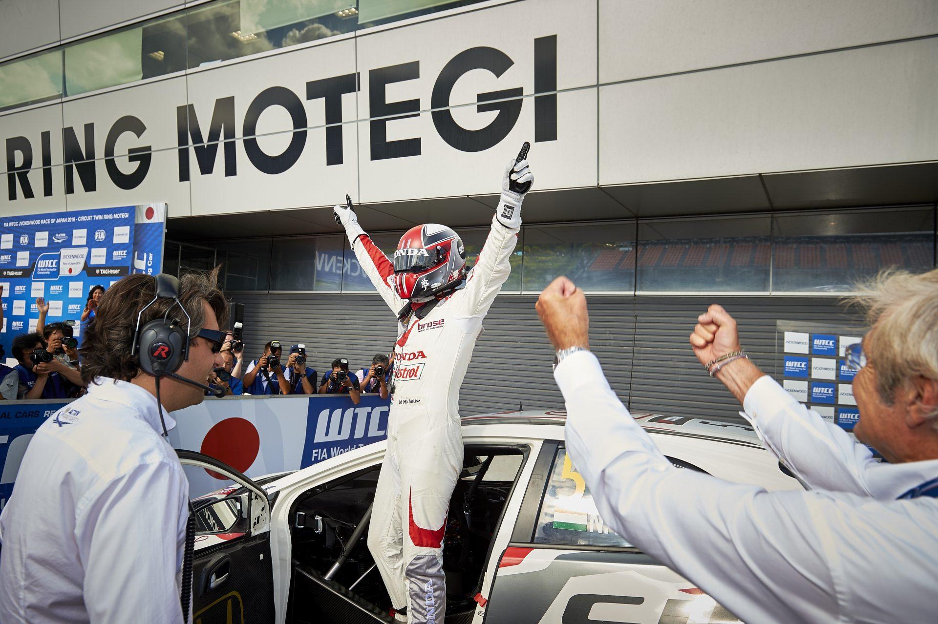 A Honda különösen boldog Michelisz miatt, aki elől elhárult az akadály