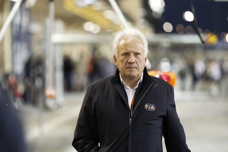 Az FIA versenyigazgatója szerint nevetségesek a róla megjelent pletykák