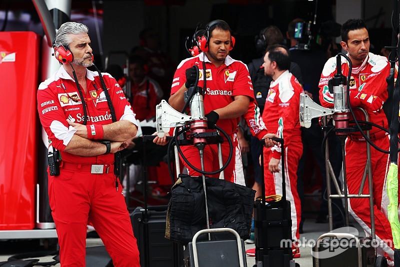 """Бывший сотрудник назвал нынешнюю Ferrari """"группой напуганных людей"""""""