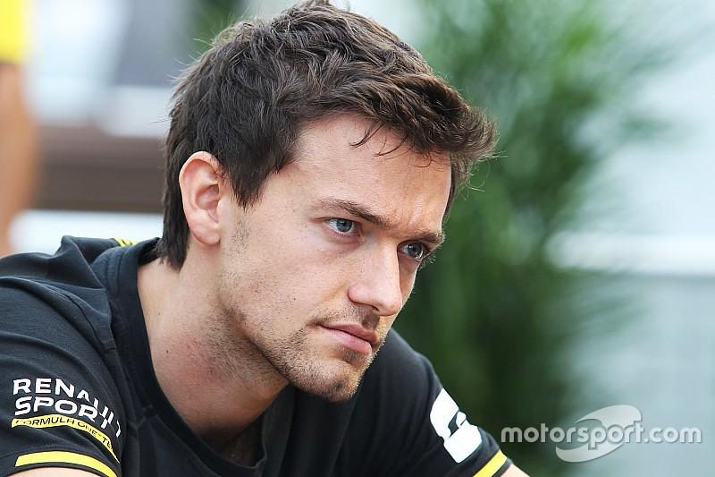"""Renault """"недостаточно верит"""" в своих гонщиков, считает Палмер"""