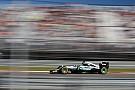 Hamilton manda y Mercedes aplasta