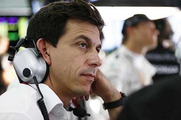 فورمولا 1 وولف يلقي باللوم على