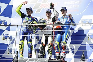 MotoGP澳大利亚正赛:克拉奇罗战胜罗西夺冠 马奎兹摔车退赛
