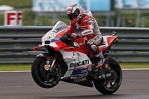 MotoGP Qualifiche Dovizioso riporta la Ducati in pole a Sepang davanti a Valentino!