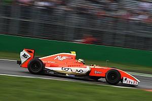 V8 F3.5 Kwalificatieverslag F3.5 Barcelona: Dillmann verslaat Vaxiviere met 0.02s in natte kwalificatie