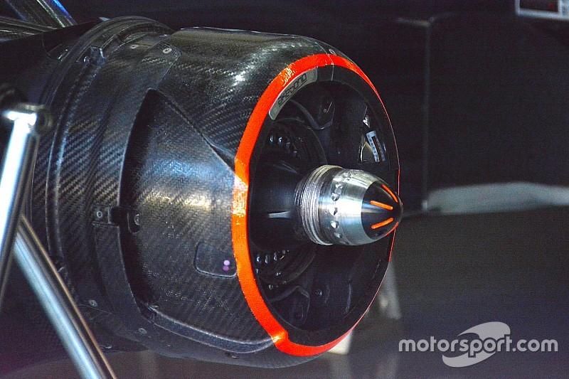 """Технический брифинг: """"закупоренная"""" ось McLaren"""