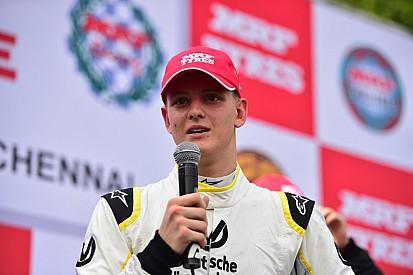 Schumacher, Newey listos para el MRF Challenge